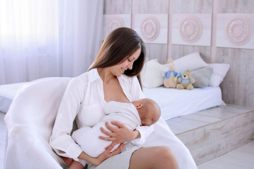 avantaje ale laptelui matern