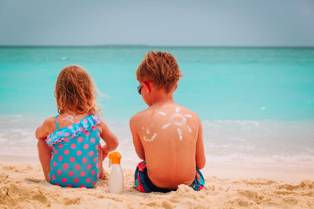 etichetele cremelor de plajă