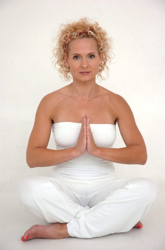 pilates şi yoga