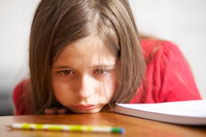 Cum îți ajuți copiii la teme