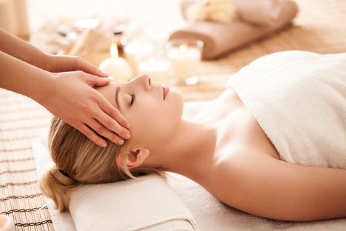 Masajul de relaxare pentru corp cap