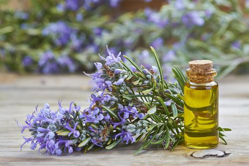 uleiuri esențiale cu virturi terapeutice / Totul despre mame