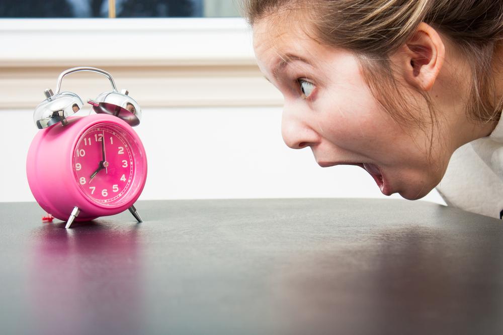 Organizarea timpului femeie ceas deșteptător