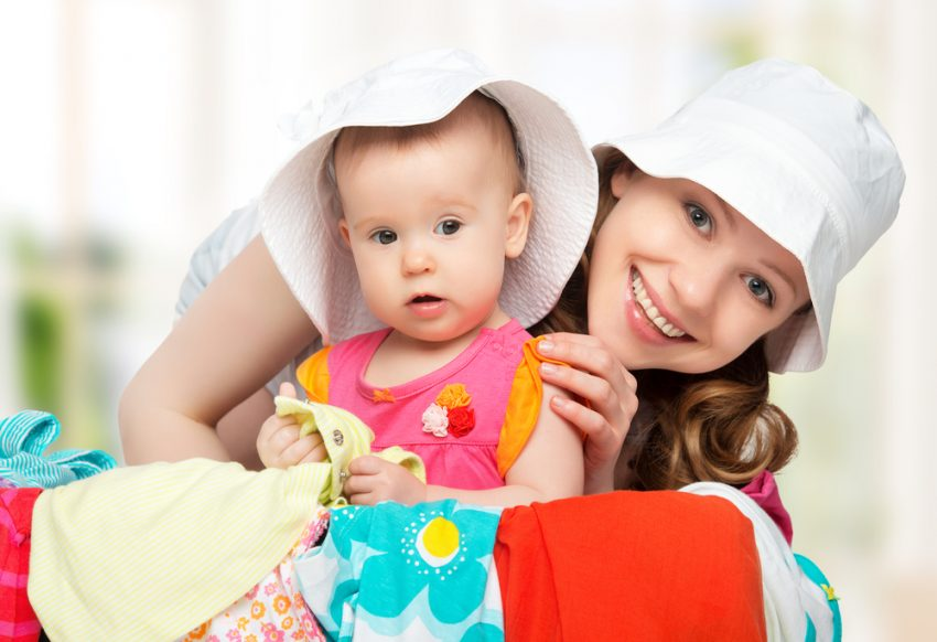 vacanță cu bebeluș mamă cu copil