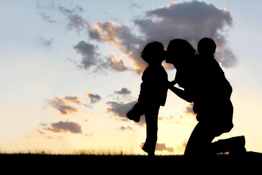 Lectii de la parintii de copii speciali / Totul despre mame