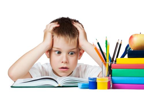 mitul temelor băiat cărți multe