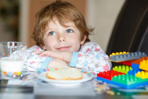 Lapte in copilarie | Totul despre mame