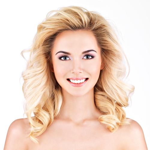 menținerea culorii părului vopsit femeie blondă