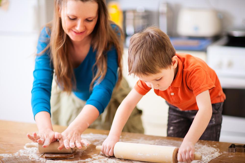 Copiii în bucătărie/Totul despre mame