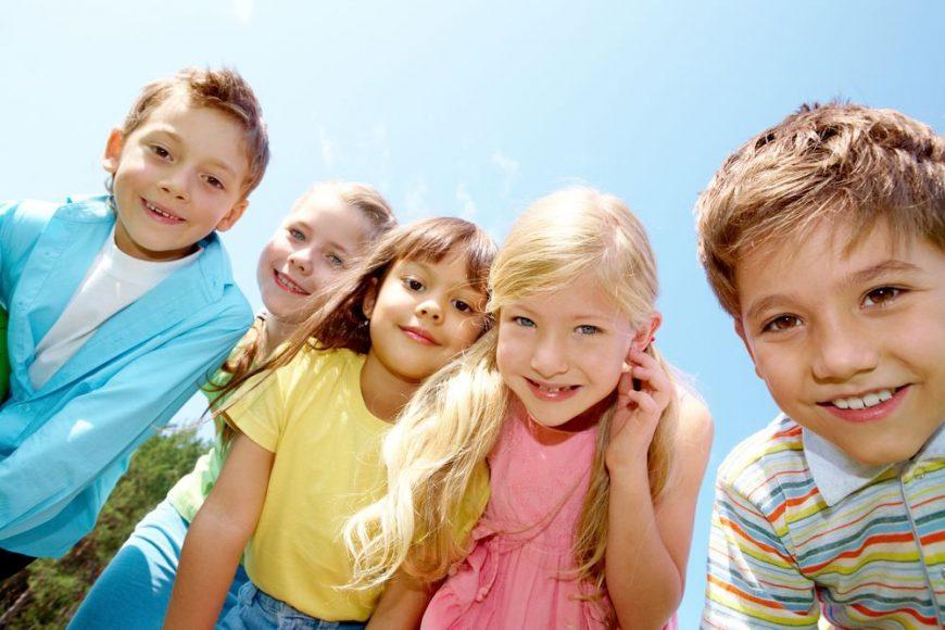 copii-fericiti-romania-totul-despre-mame