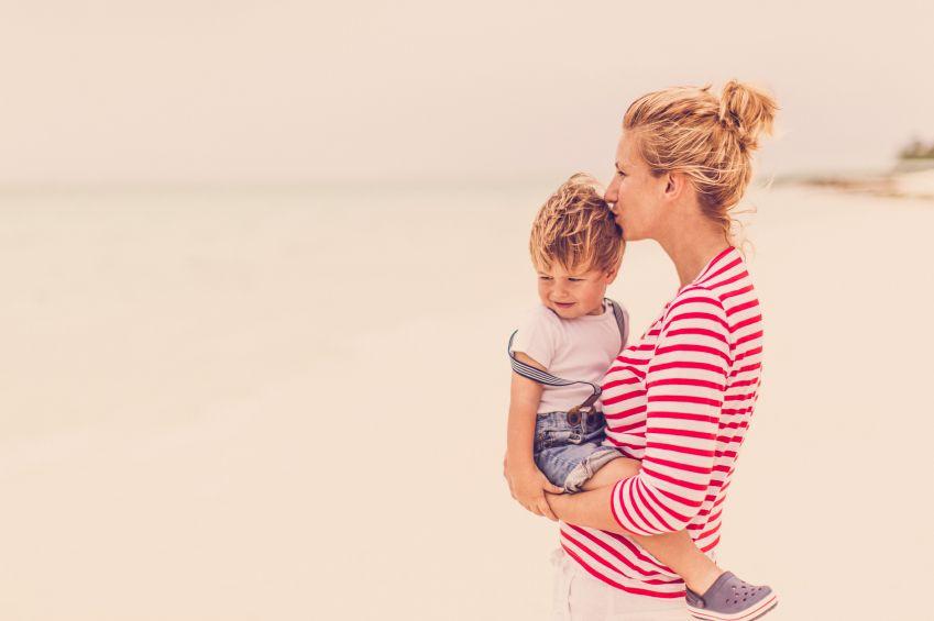 nu-toate-mamele-sunt-perfecte-totul-despre-mame