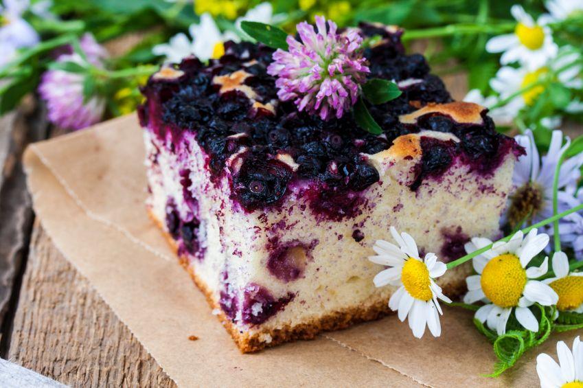 prajitura-cu-iaurt-si-fructe-totul-despre-mame