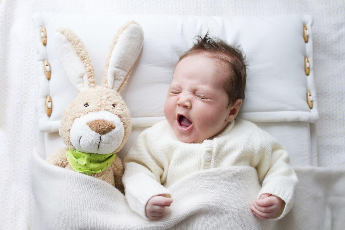stimularea-bebelusului-in-primele-6-luni-de-viata-totul-despre-mame