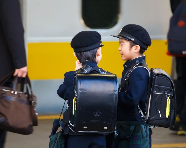 copiii-japonezi-independenti-totul-despre-mame