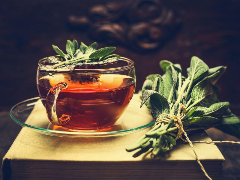ceaiul-de-salvie-totul-despre-mame