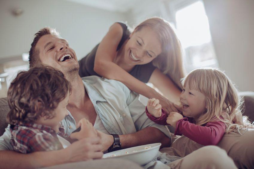 cum-iti-transformi-copilul-in-prieten-totul-despre-mame