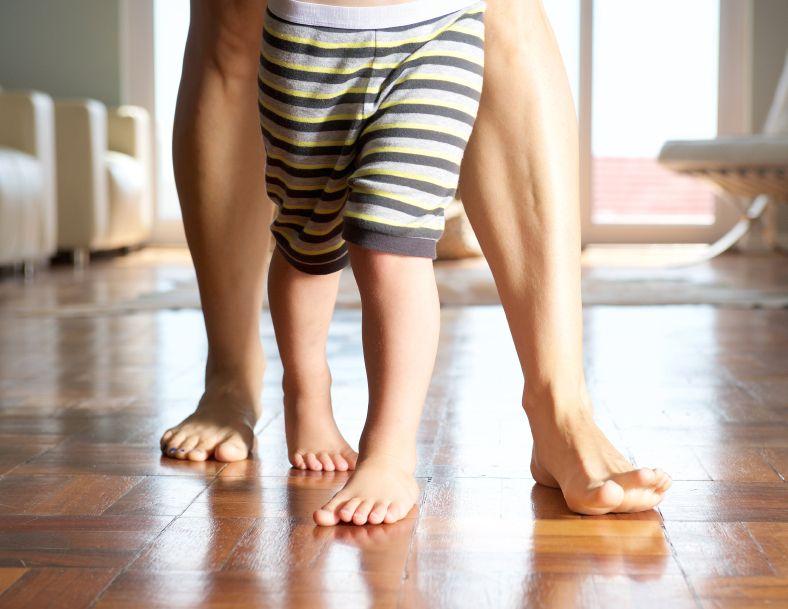 picioare cracanate copil totul despre mame