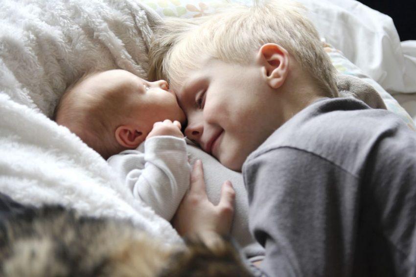 gelozia fratelui mai mare totul despre mame