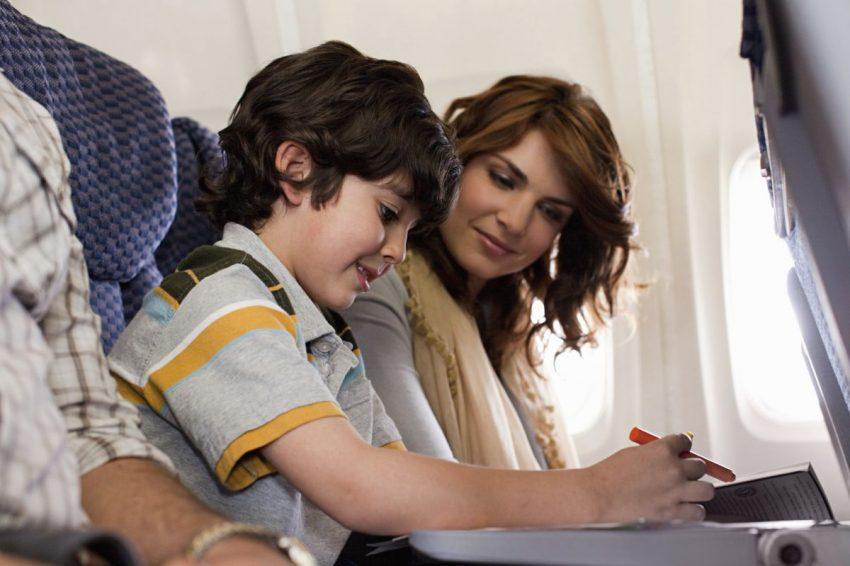 distrezi copilul în avion