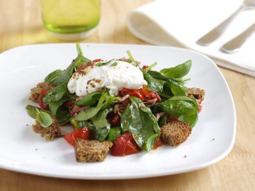 Salata calda de spanac