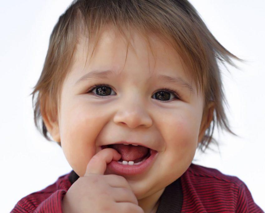 dinții bebelușului
