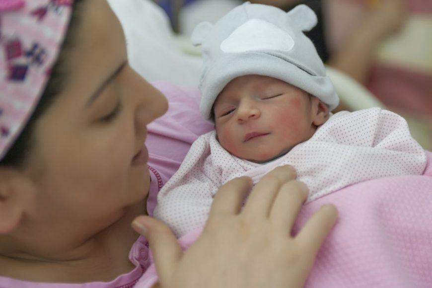 atașamentul cu bebelușul