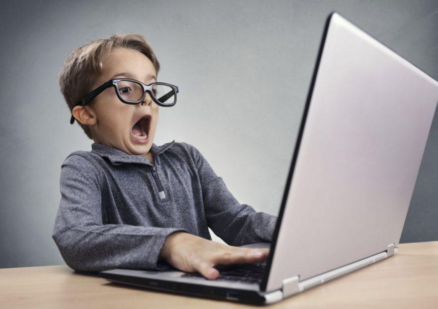 cum influenteaza pornografia copiii