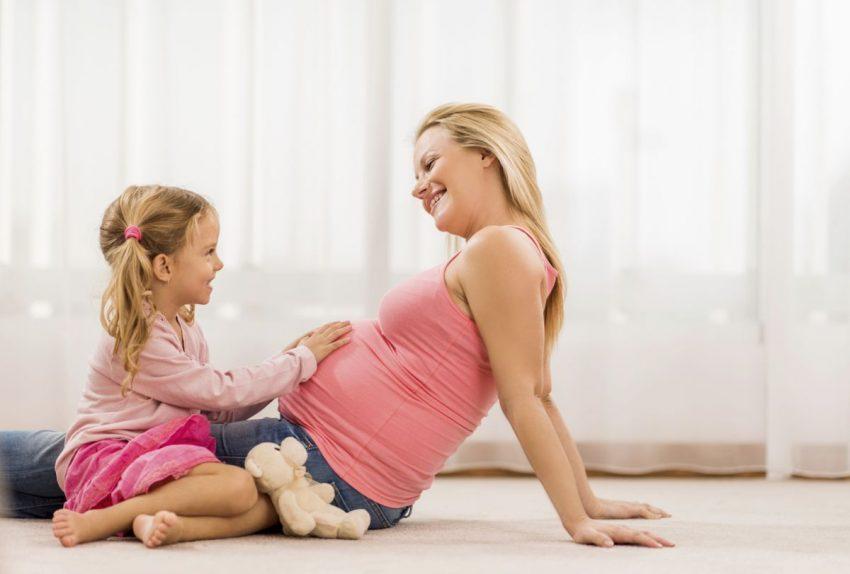 ești însărcinată