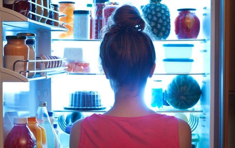 Cum să depozitezi corect mâncarea în frigider