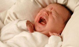 plânsul bebelușului