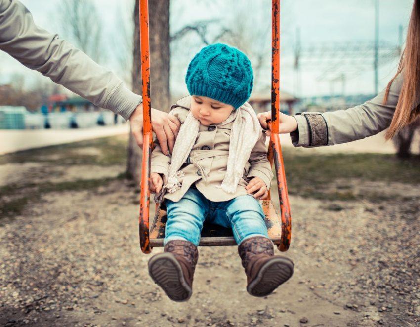 despărțirea părinților îi afectează pe părinți