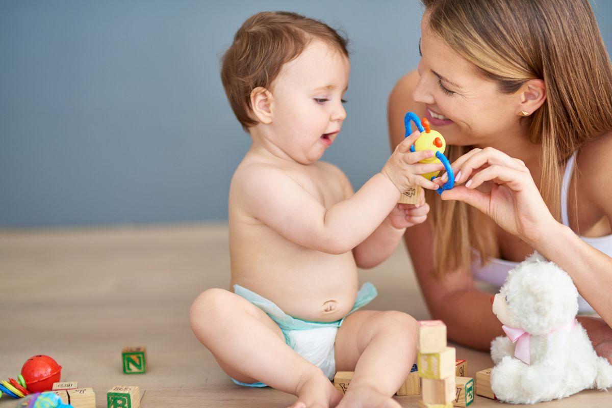 ajuţi pe copil să se dezvolte prin joc