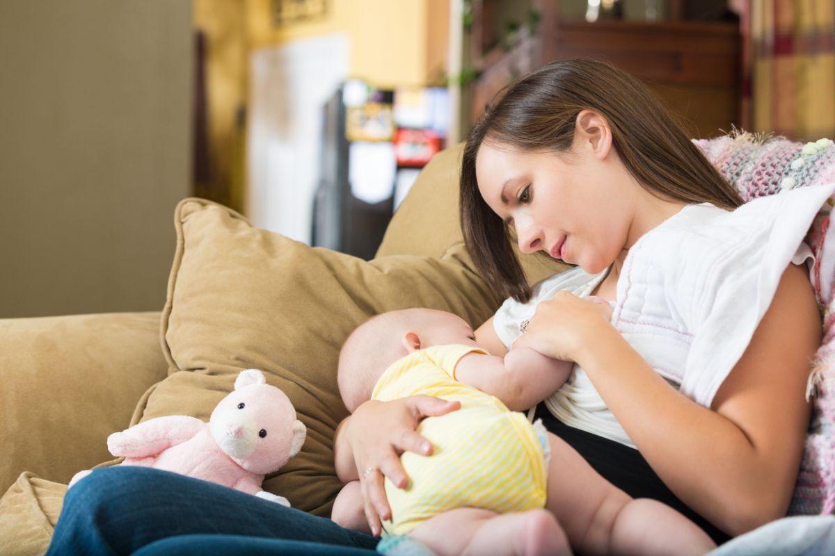 beneficiile alăptatului pentru mame