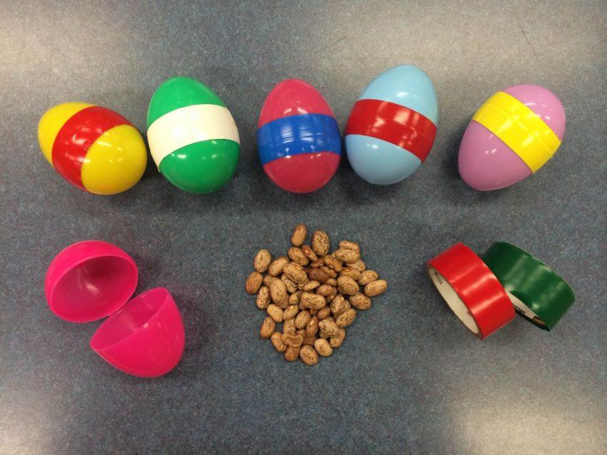 ouă zornăitoare