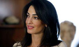 Amal Clooney însărcinată