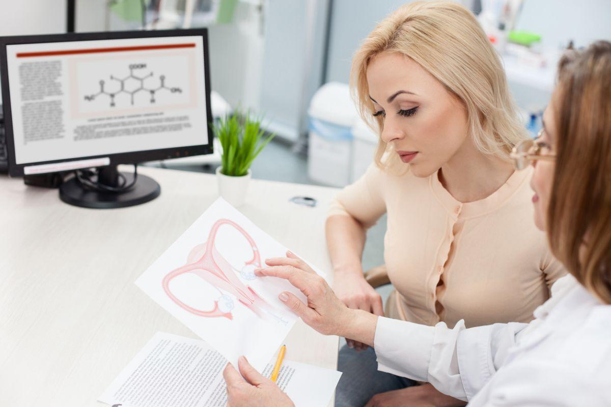 medicii la care ar trebui să meargă periodic o femeie