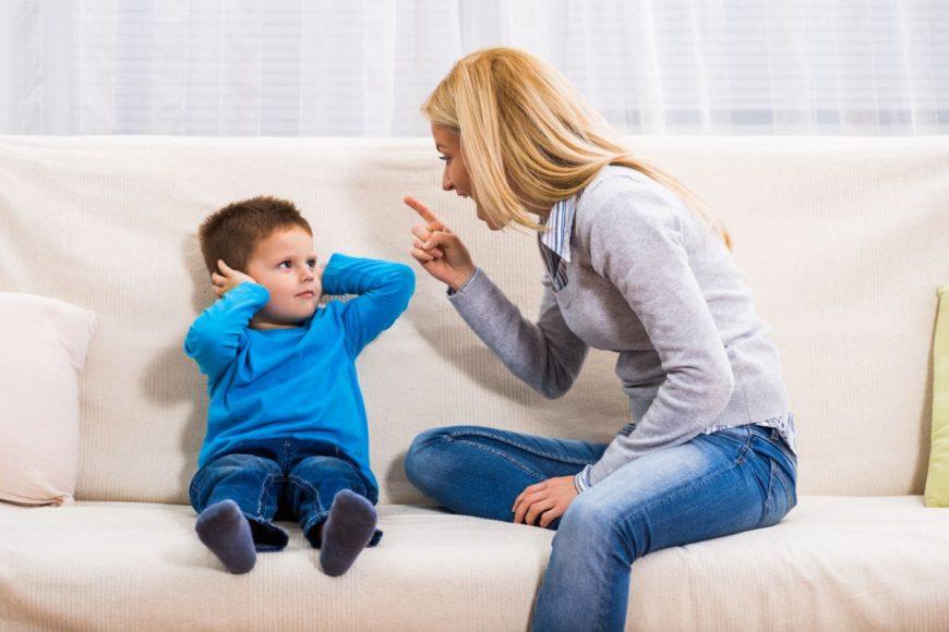 să eviţi să ţipi la copil