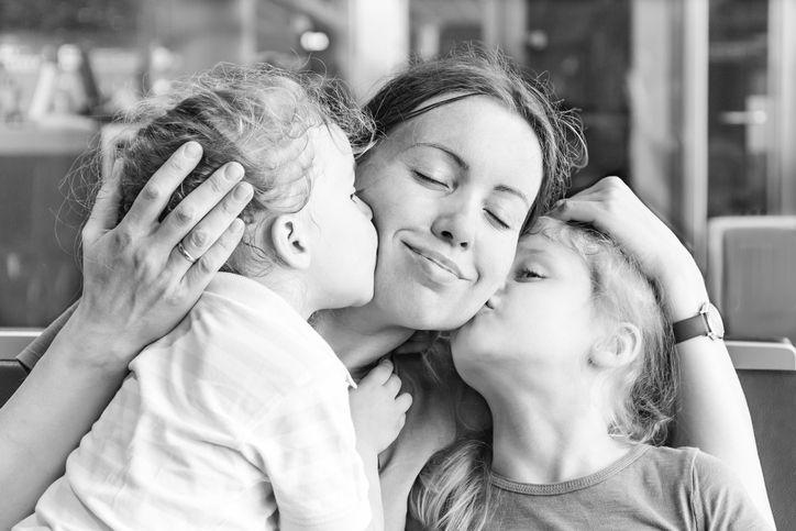 cum este să crești doi copii sub doi ani