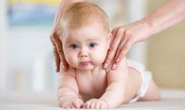 beneficiile masajului pentru bebeluș -masaj acasa