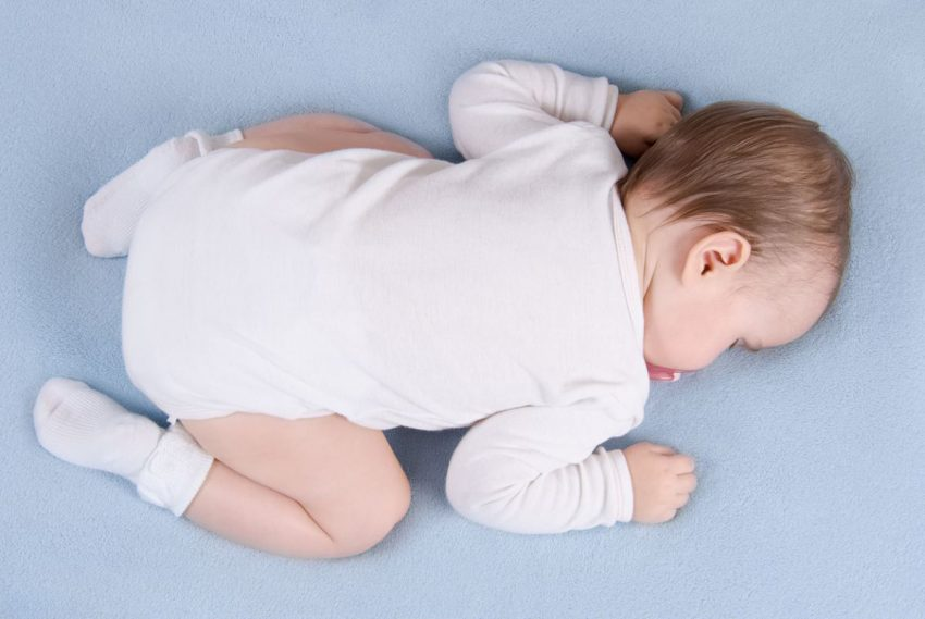 somnul pe burta si sindromul mortii subite
