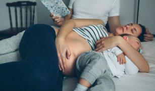 mama, copil gravida, tata