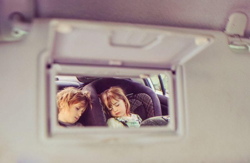 scaun auto copii oglinda parinti