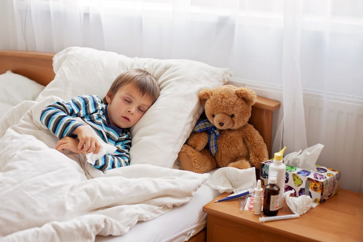 copil racit pat