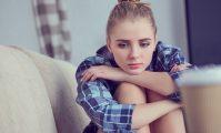 adolecenta depresie tristete tanara