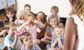 copii gradinita educatoare