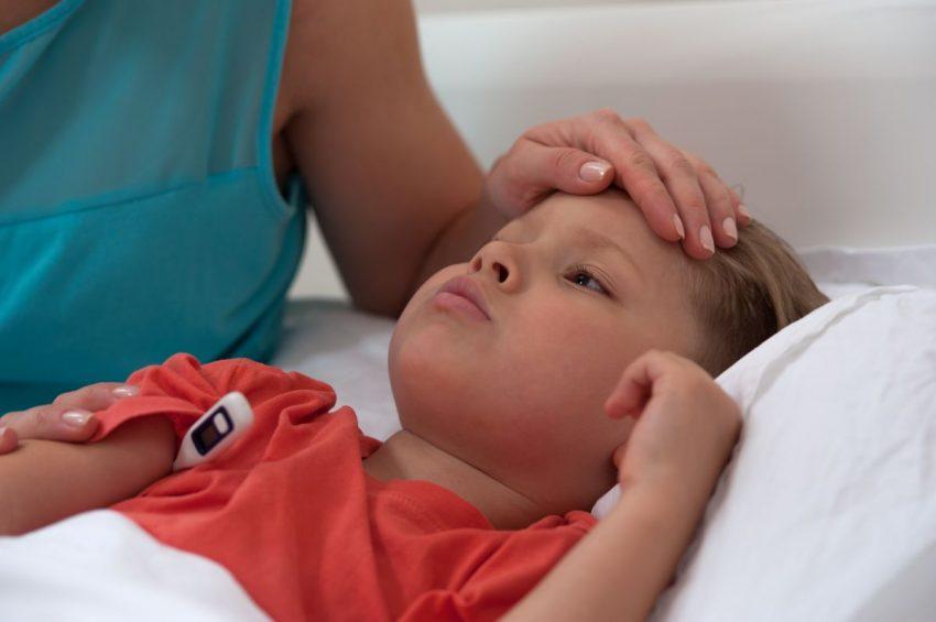 copil febra