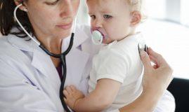 copil medic stetoscop