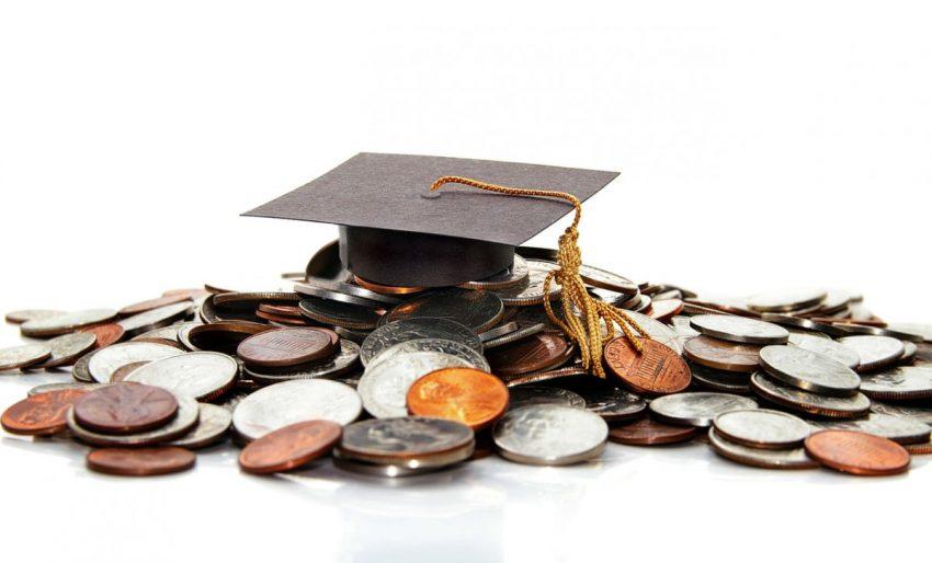 Investi, reduse drasticțiile în școli