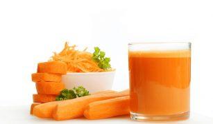 suc de morcovi pentru bebelusi