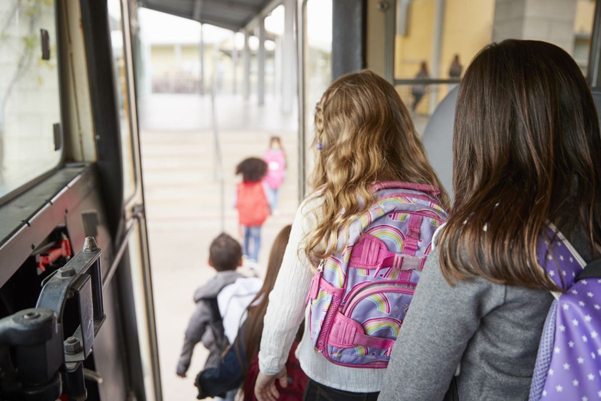 Elevii care fac naveta, cei mai afectați
